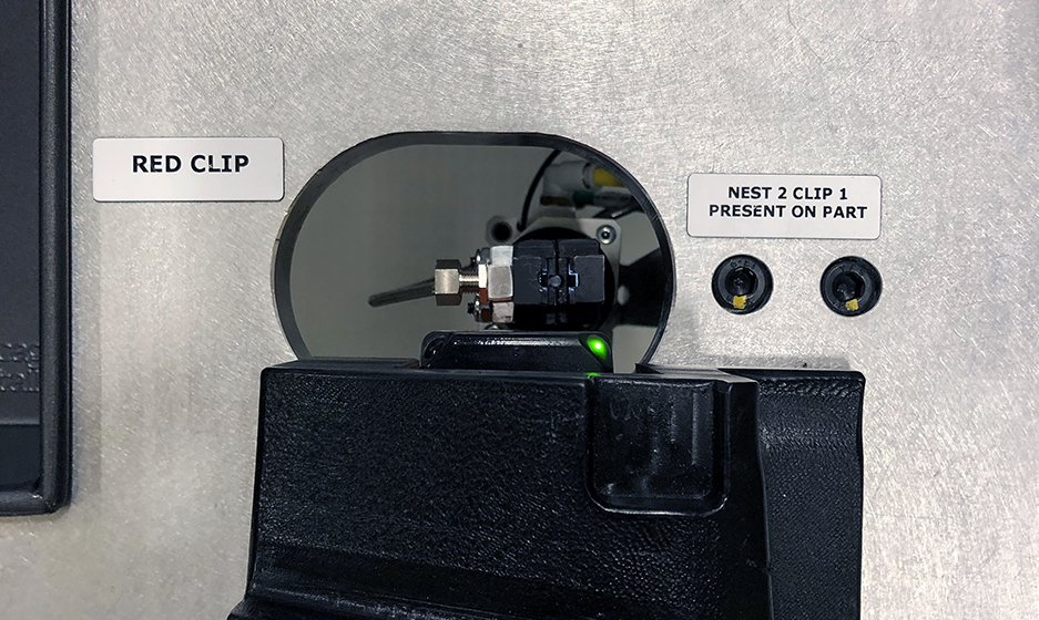 Fixed Dedicated Automated Assembly Systems Clip Machine Close Up Photo